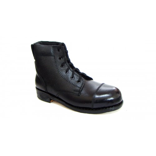 army parade boots with comfortable breathable inner lining